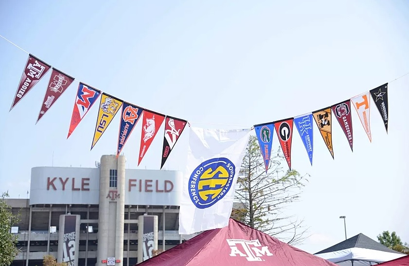 The Importance of Soccer Pennants in Sports